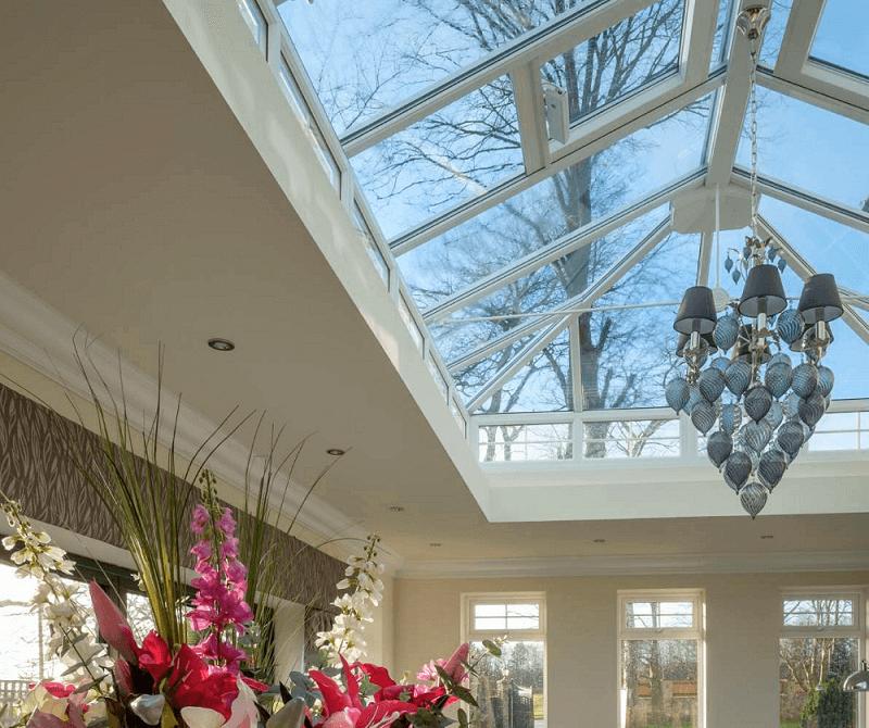 Liniar conservatory roof interior