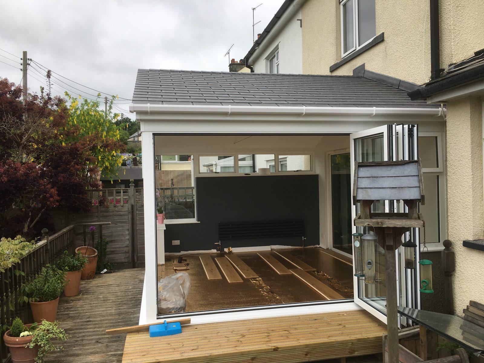 Hewlett case study, aluminium conservatory with SupaLite roof